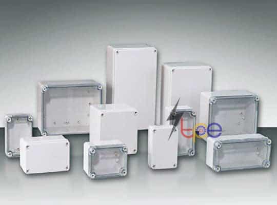 กล่องพลาสติกพักสายไฟกันน้ำ (Plastic Enclosue)